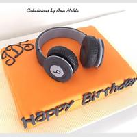 Beats Headphones cake