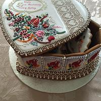 Gingerbread box with lid