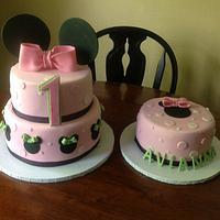Avi's Minnie Cake  by Maureen