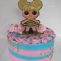 LOL Queen Bee Cake