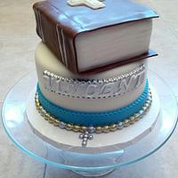Holy Communion Cake and Cupcakes