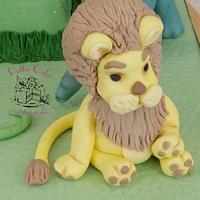 Jungle birthday cake by Pattiecake