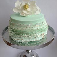 Magnolia and mint Ruffles à la Maggie Austin by Ellen Redmond@Splendor Cakes