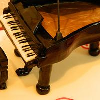 Piano Cake by Anne