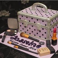 Chanel Makeup Case by CakeAvenue