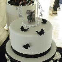 Black & White Butterfly Cupcakes by Cakemaker1965