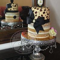 Animal print and naked cake