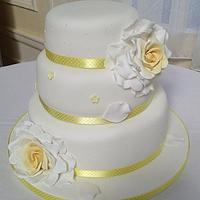 lemon rose cake