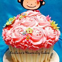 Monkey Smash Cupcake