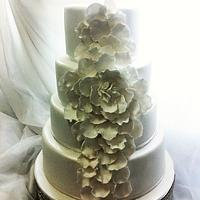 Diana and Massimo's wedding cake