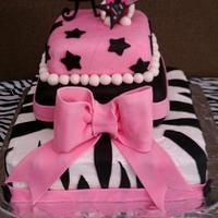 Hello Kitty Rockstar Cake