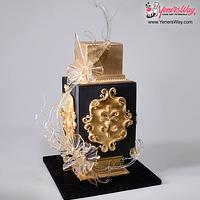 Black and Gold Glam Cake