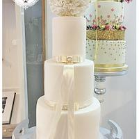 The Traditional Wedding Cake