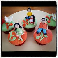 figures cupcakes