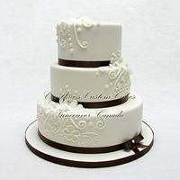 White and Browm Wedding Cake