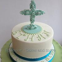 Quilled Cross Communion Cakes