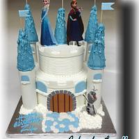 Frozen Castle Cake by lanett