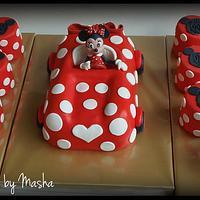 Minnie & mini cakes
