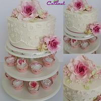 Mini Wedding Cake & Cupcakes