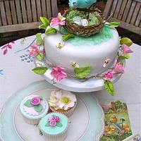 Easter cake & cupcakes by Lynette Horner