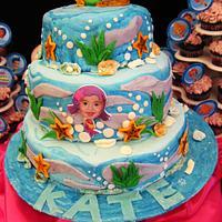Underwater inspired cake for Kate