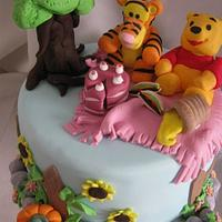 Pooh and friends picnic