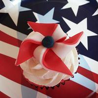 4th of July Pinwheel Cupcake Toppers