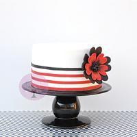 Flower & strips cake