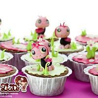 Ladybug cupcakes by ChokoLate
