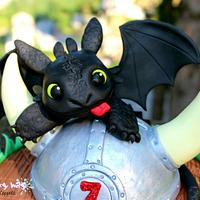 Toothless cake topper