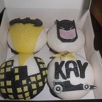 batman with floodlight cupcakes