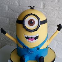 Minion 'hurray' cake