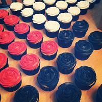 Buttercream Rosette Wedding Cupcakes