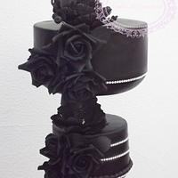 Black chandelier wedding cake
