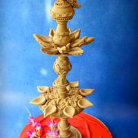 The peacock lamp by The Cakes Icing