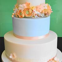 Apricots and Peaches Vintage Wedding cake