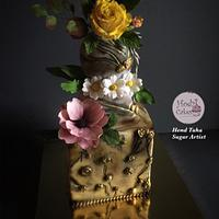 Beauty in the Chaos- WorldCancerDay SugarFlowers&CakesinBloom Collaboration