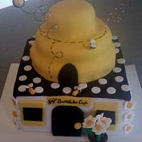 Bumblebee Cafe Cake by Carrie