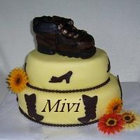 Cake old shoe