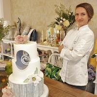 Adelina Baicu Cake Artist