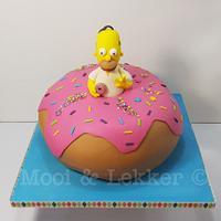 Homer Donut cake.