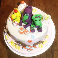Barney and his friends cake