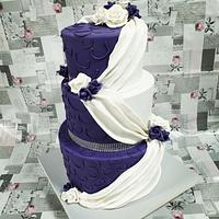 Purple elegant wedding cake