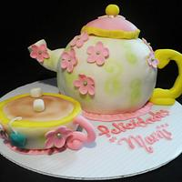 tea pot by sandra coronel