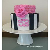 Black-White- Pink Cake