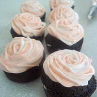 mini rose swirls