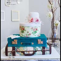 Vintage map/travel wedding cake