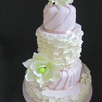 Elegant and Sweet wedding cake
