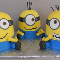 Minions by Pamela Sampson Cakes
