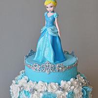Cinderella by ArchiCAKEture